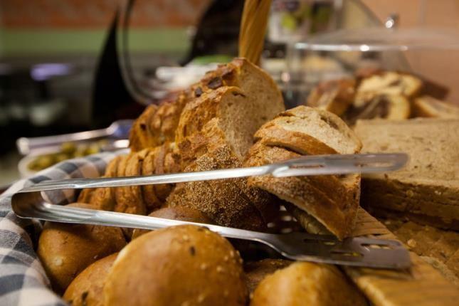 לחם אפוי טרי
